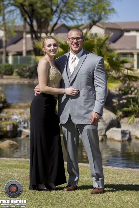 Portrait_Photography_Surprise_AZ_Girlfriend_Boyfriend_Suit_Version