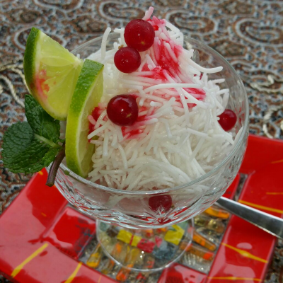 Faloodeh, is also known as Faluda and Paloodeh