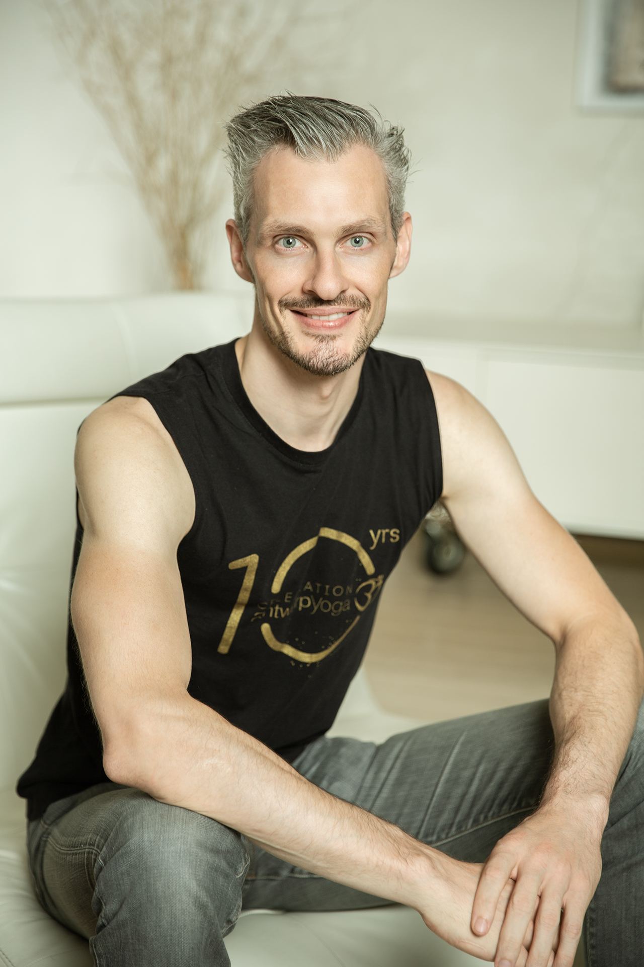 Bart Fidlers    Yoga Teacher