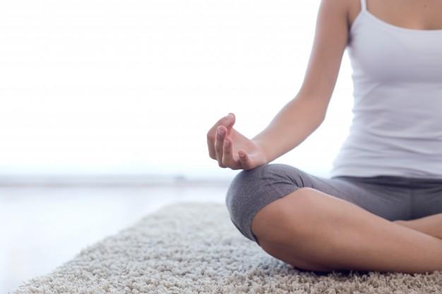 woman-hands-yoga-meditations-behappy