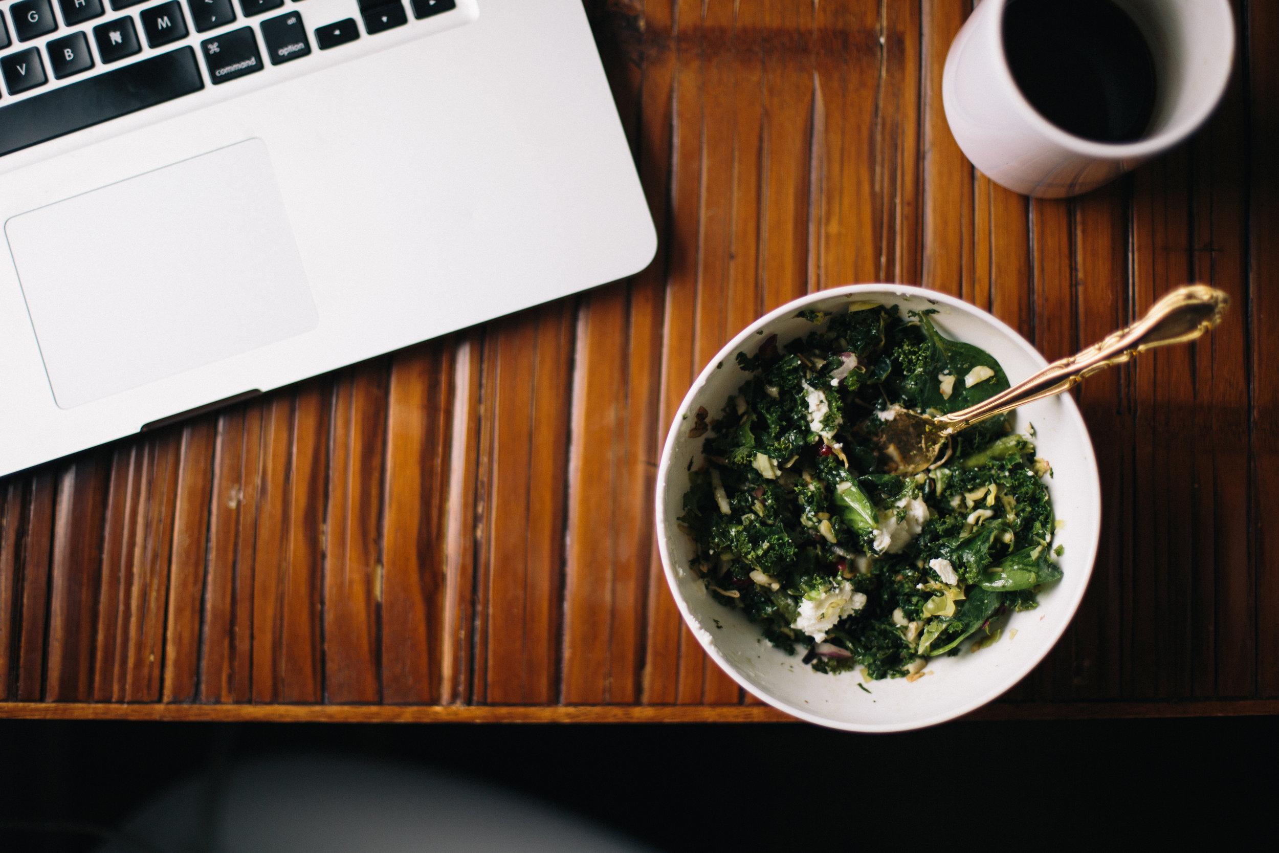 manger au bureau yoga oly be