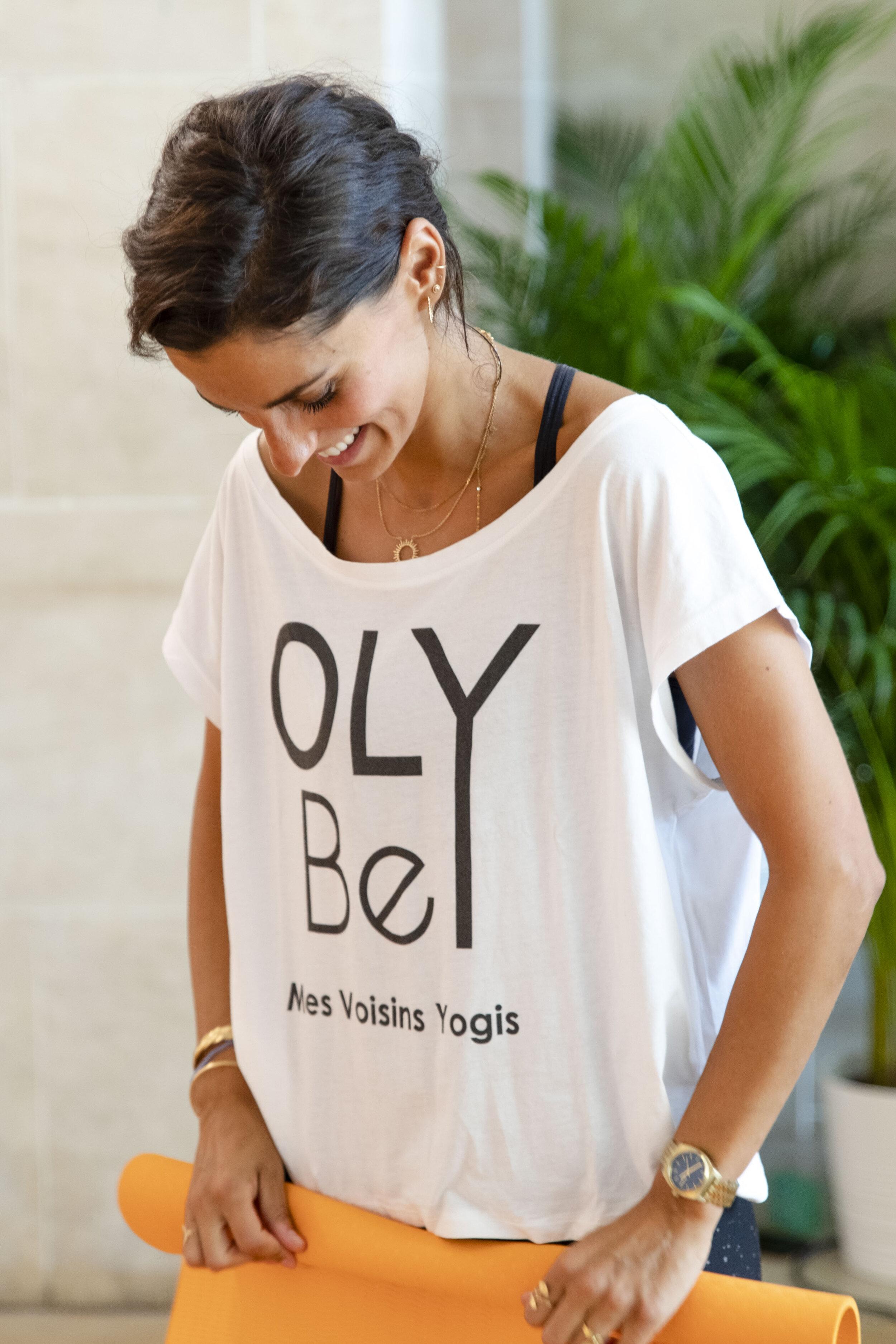 Pourquoi choisir OLY Be ? - Pour pratiquer chez vous ou dans votre quartier : nous proposons des centaines de cours chaque semaine soit en live et en ligne soit en présentiel dans plus de 100 lieux différents !Pour la flexibilité du planning : nos cours, d'une durée d'1h ou de 30 minutes, ont lieu 7j/7, matin / midi / soir.Pour l'accessibilité financière : des cours de yoga, de pilates, de méditation, à partir de 9€.Pour l'ambiance : OLY Be c'est avant tout une communauté de plus de OLY Bees chaleureux, accueillants et motivants !Pour la diversité des cours : plus de 20 types de pratiques différentes, de la plus douce à la plus dynamique, pour se détendre ou se renforcer; pour les débutants et les confirmés !
