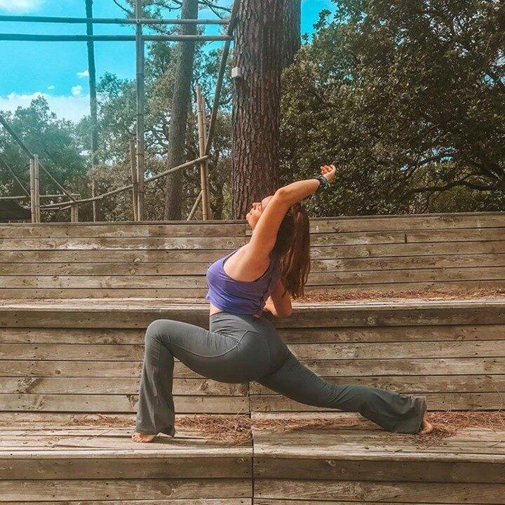 🧘🏻♀️ @mathildeonthemat  Travaillez intensément votre corps sans vous en rendre compte grâce au Yoga Energy Boost avec la dynamique Mathilde tous les lundis, mardis, jeudis et vendredis ! 😍    #meditations #meditative #yogi #yogini #coursdeyoga #mediter #sport #yogaparis17 #yogaparis2 #yogaparis18 #olybe #olybees #olybeshine #olybeyoga