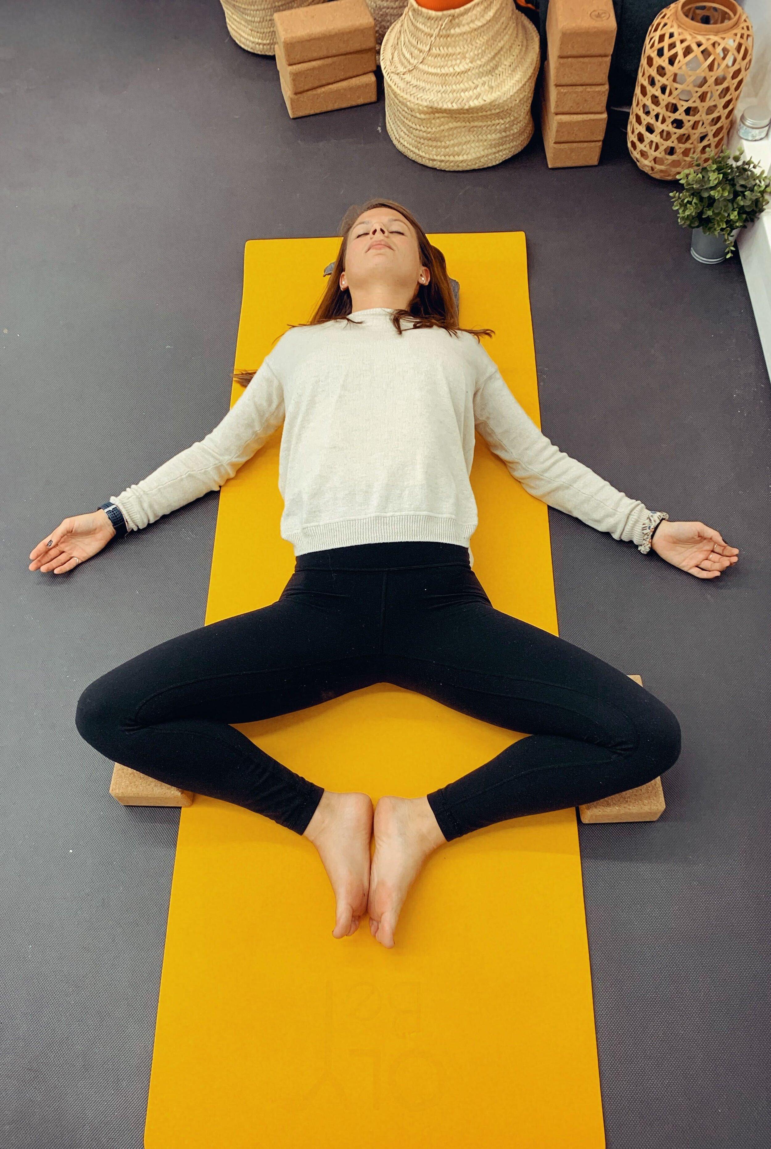 yoga-papillon-déesse du sommeil