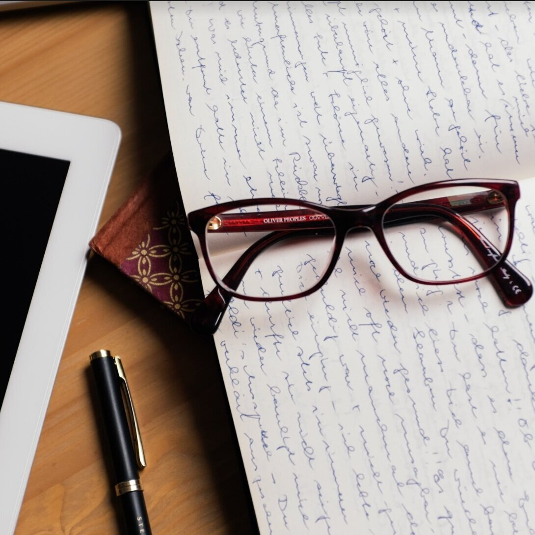 DES ATELIERS DE PROJECTION   1. Un premier atelier qui vous donnera  tips et méthodes  pour avancer sur vos projets de manière concrète.  2. Un second atelier en deux parties pour vous aider à  projeter vos rêves et vos envies dans une réalité bien ancrée  !
