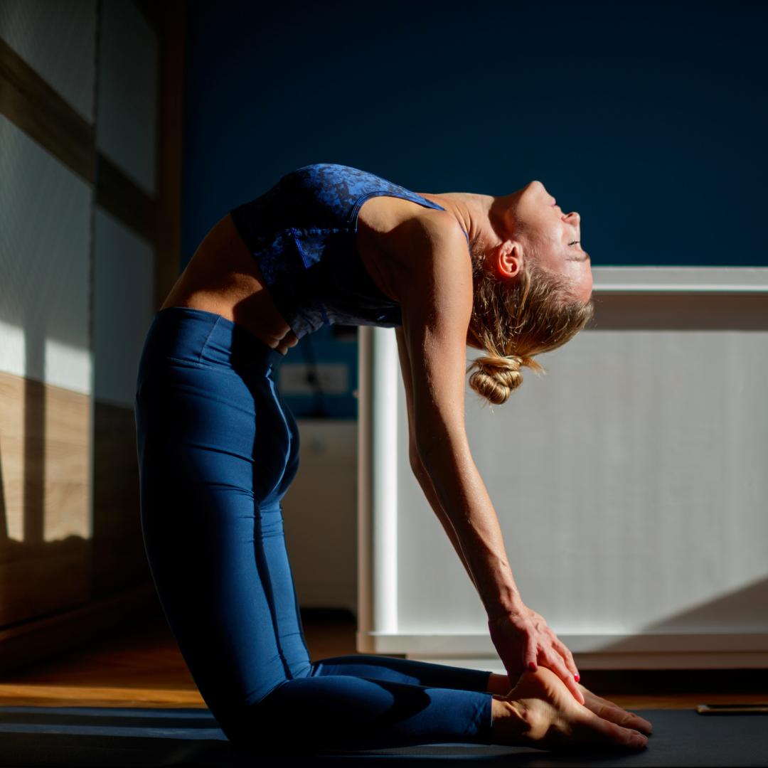 5 postures de yoga pour booster ses défenses immunitaires ! -
