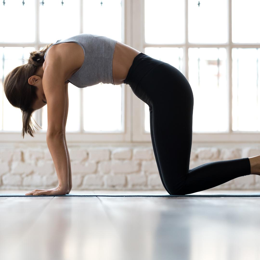 Yoga Féminin : 5 postures pour équilibrer l'énergie féminine ! -