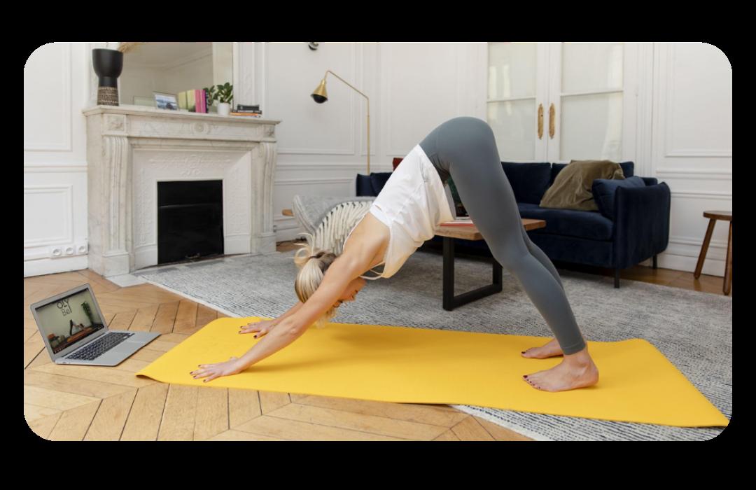 OLY Be - Des cours de Yoga 100% online   Chez OLY Be nous mettons en place des cours de sport et de bien-être afin d'améliorer la santé mentale et physique de vos collaborateurs et de les soutenir dans leur vie quotidienne. Nous avons à cœur de vous apporter de la facilité, de la qualité et du lien humain pour faire de chaque cours une expérience forte et addictive !