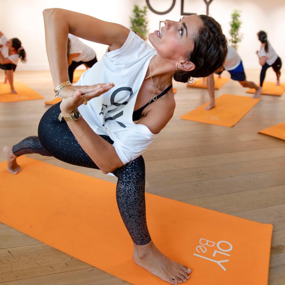 Les 5 postures de Yoga qui nous aident à bien digérer -