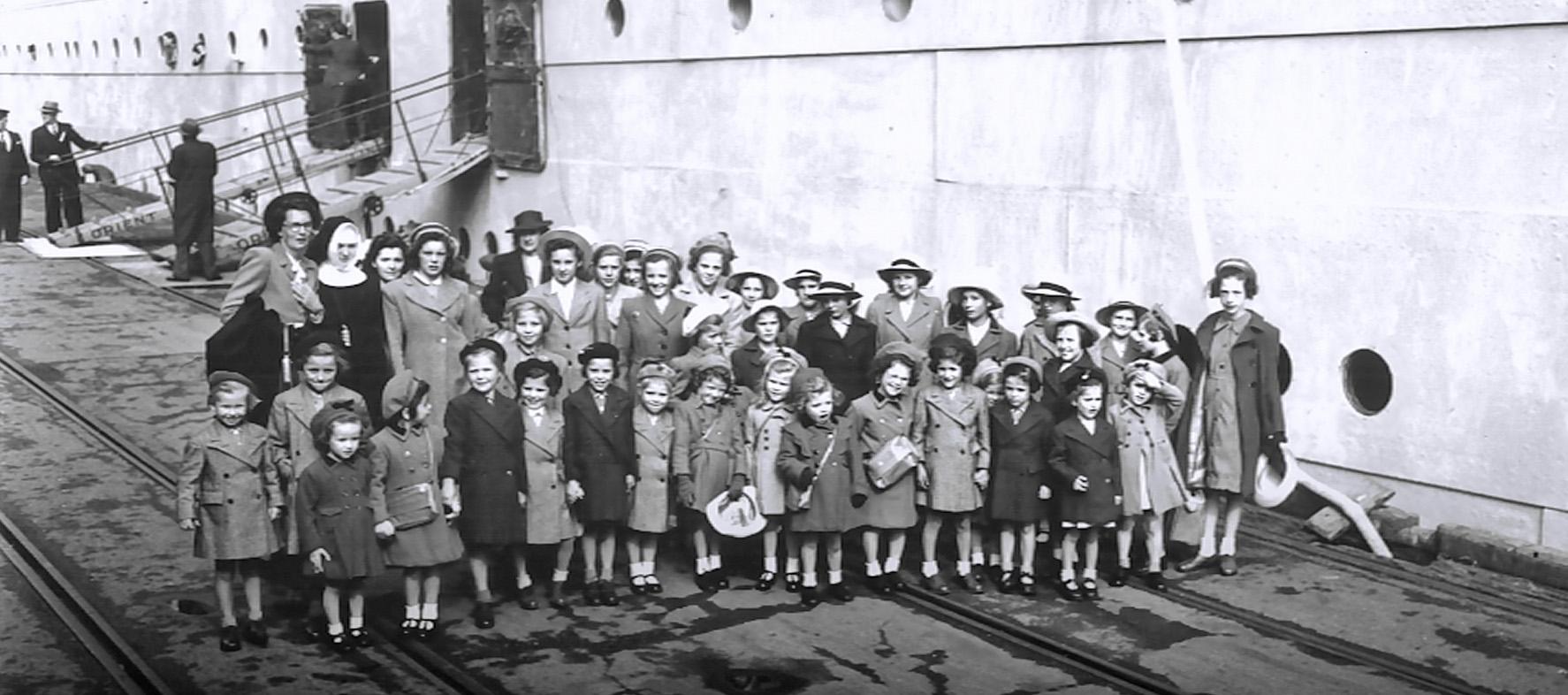 Asturius 1947 Girls.jpg