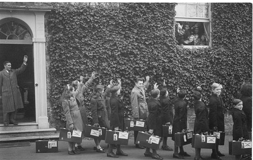 Child Migrants leaving Alverstoke for Australia 1950.jpg