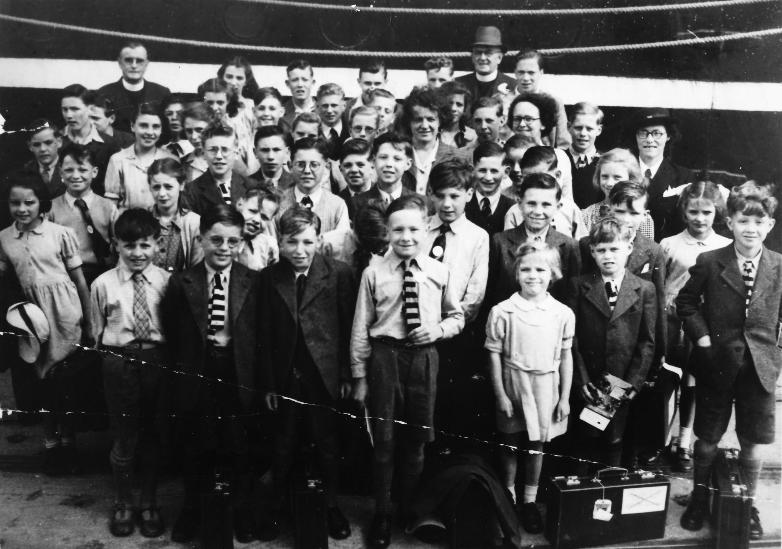 NCH children on Mooltan 1950.jpg