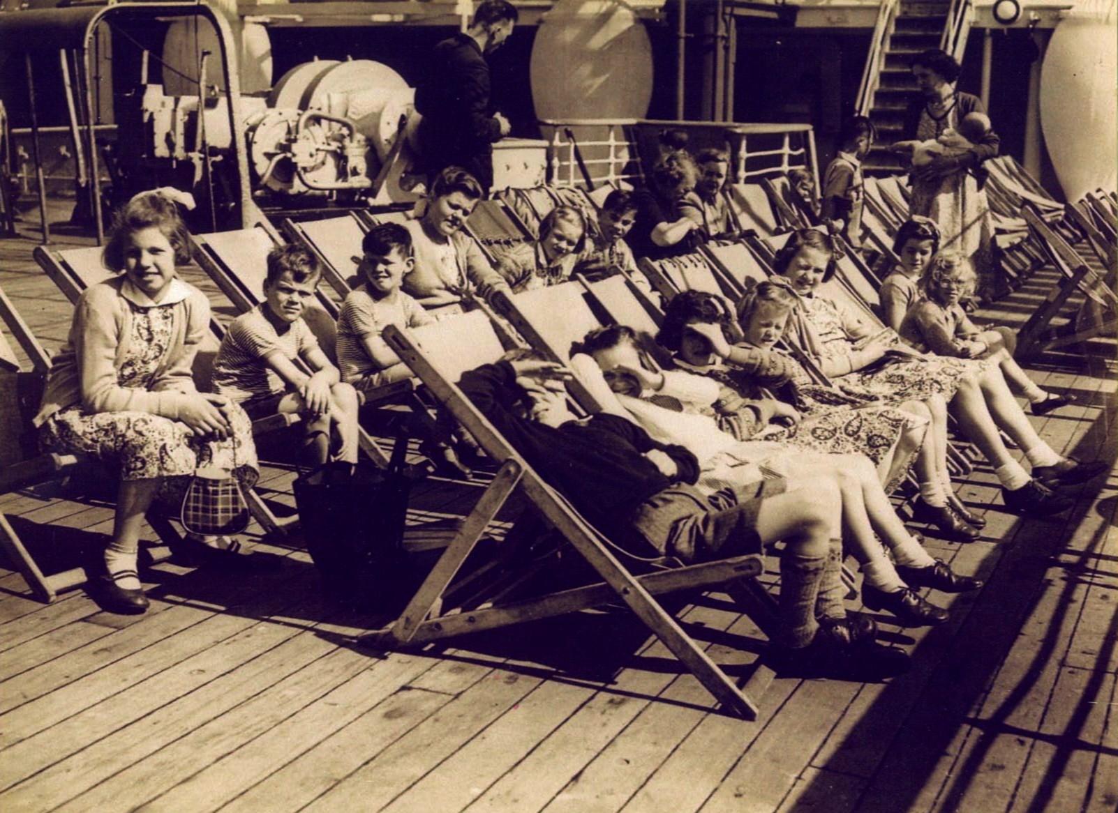 Onboard child migrants1.jpg