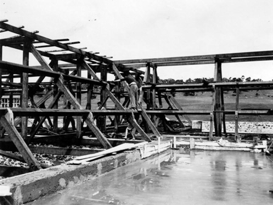BOYS WORKING ON BINDOON CONSTRUCTION.jpg