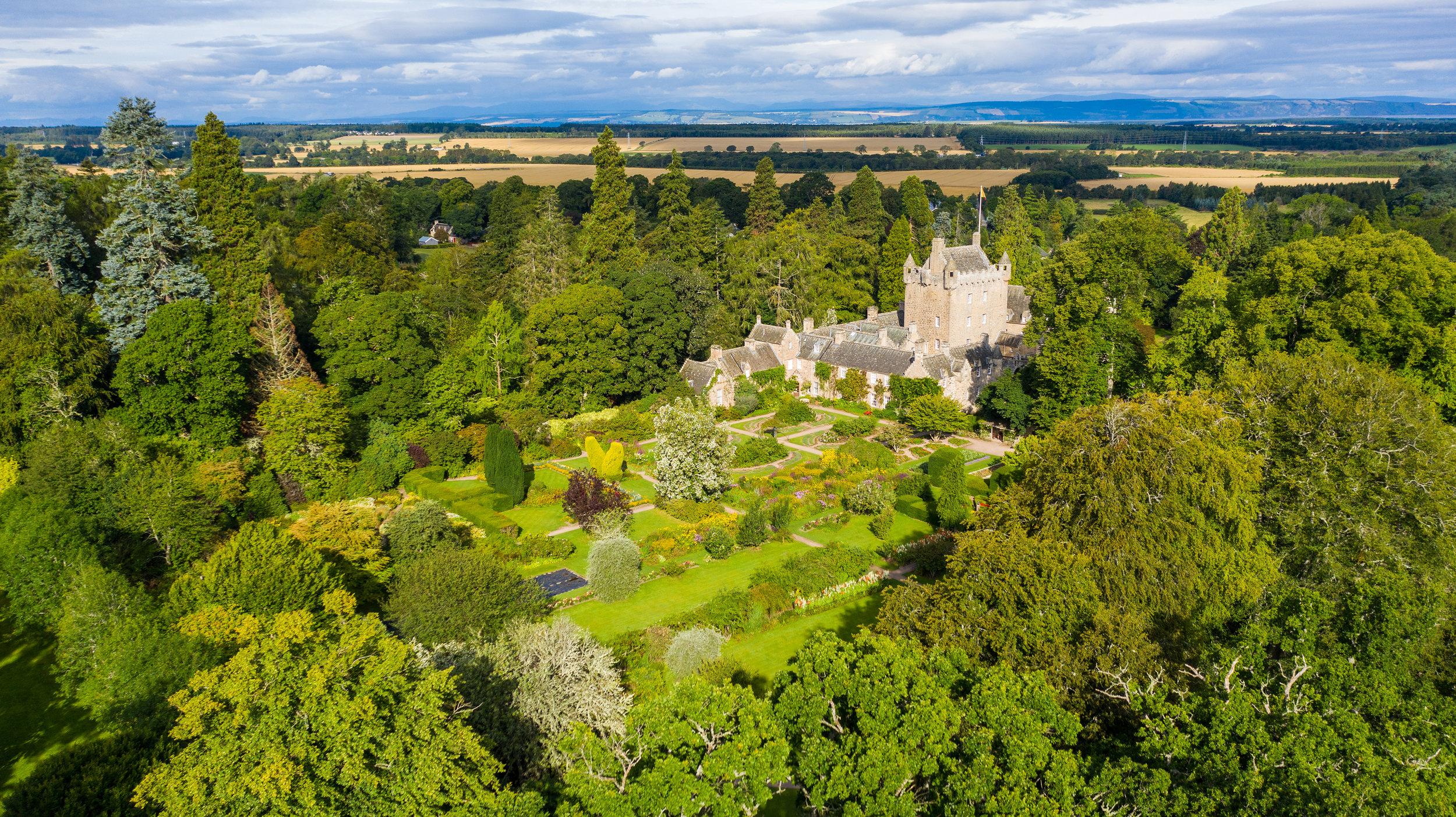 Cawdor Castle Aerial-5s.jpg