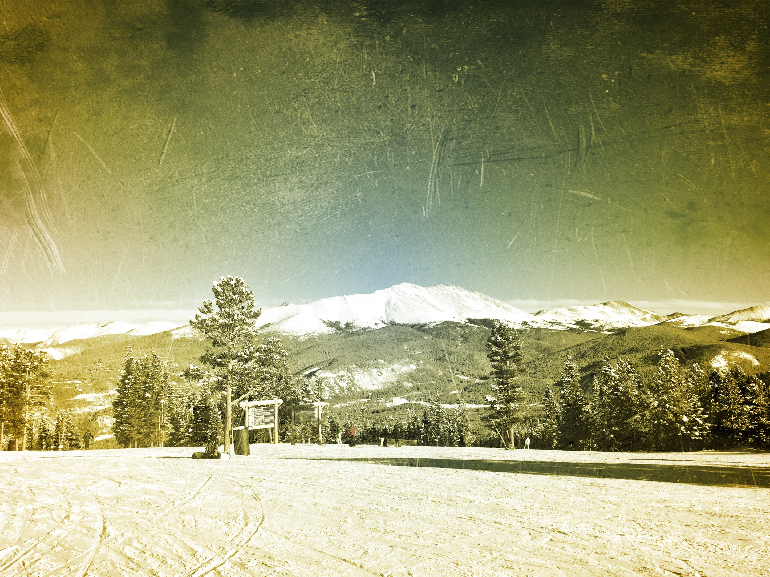 Grungy Slopes, Breckenridge Colorado, The Wedgewood Lodge 18.jpg