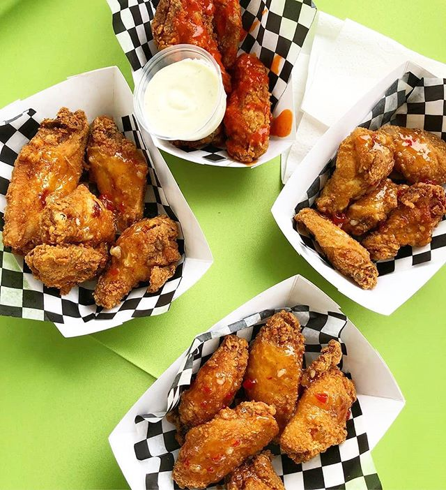 Can't go wrong with wings! 🍗😊 ------------------------- 📸: @saugafoodventures