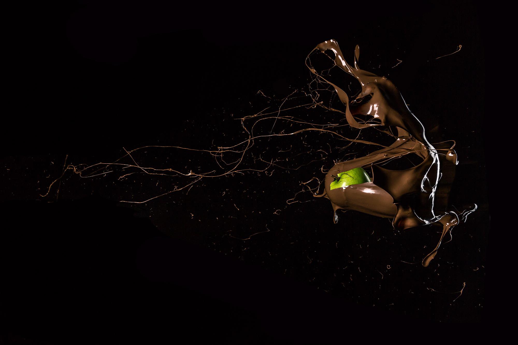 NomNom-Apple.jpg