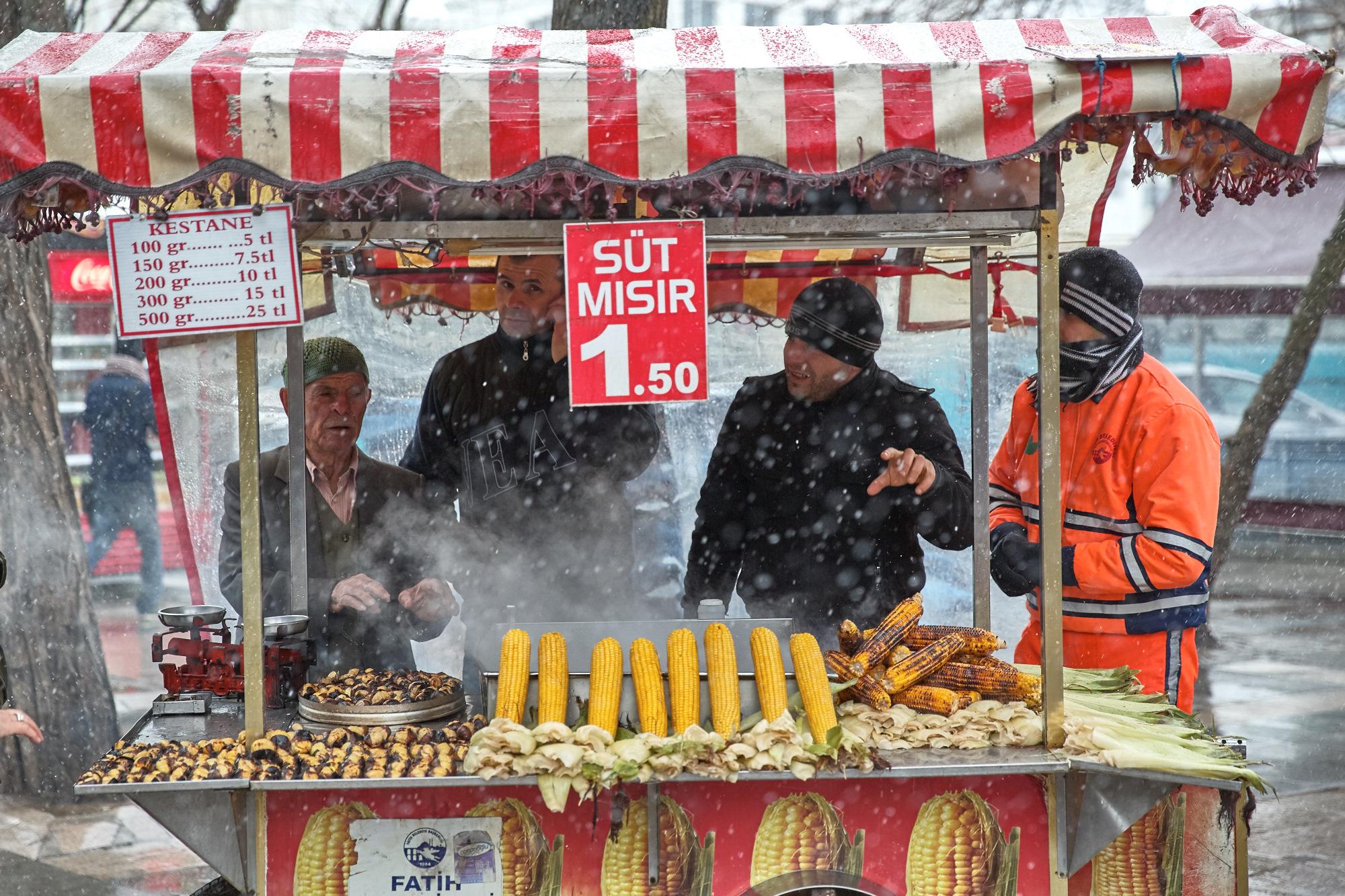 Istanbul_Grand_Bazaar-AudiMagazine-FinnBeales-05.jpg