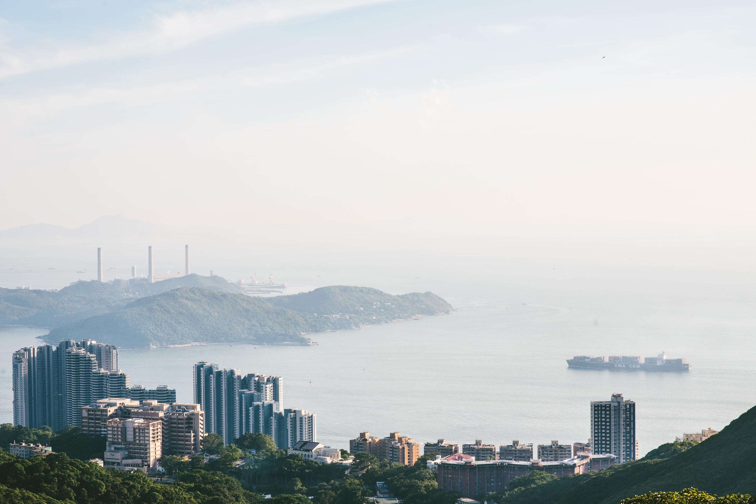 2015-08-HongKong-Finn_Beales-12-3.jpg