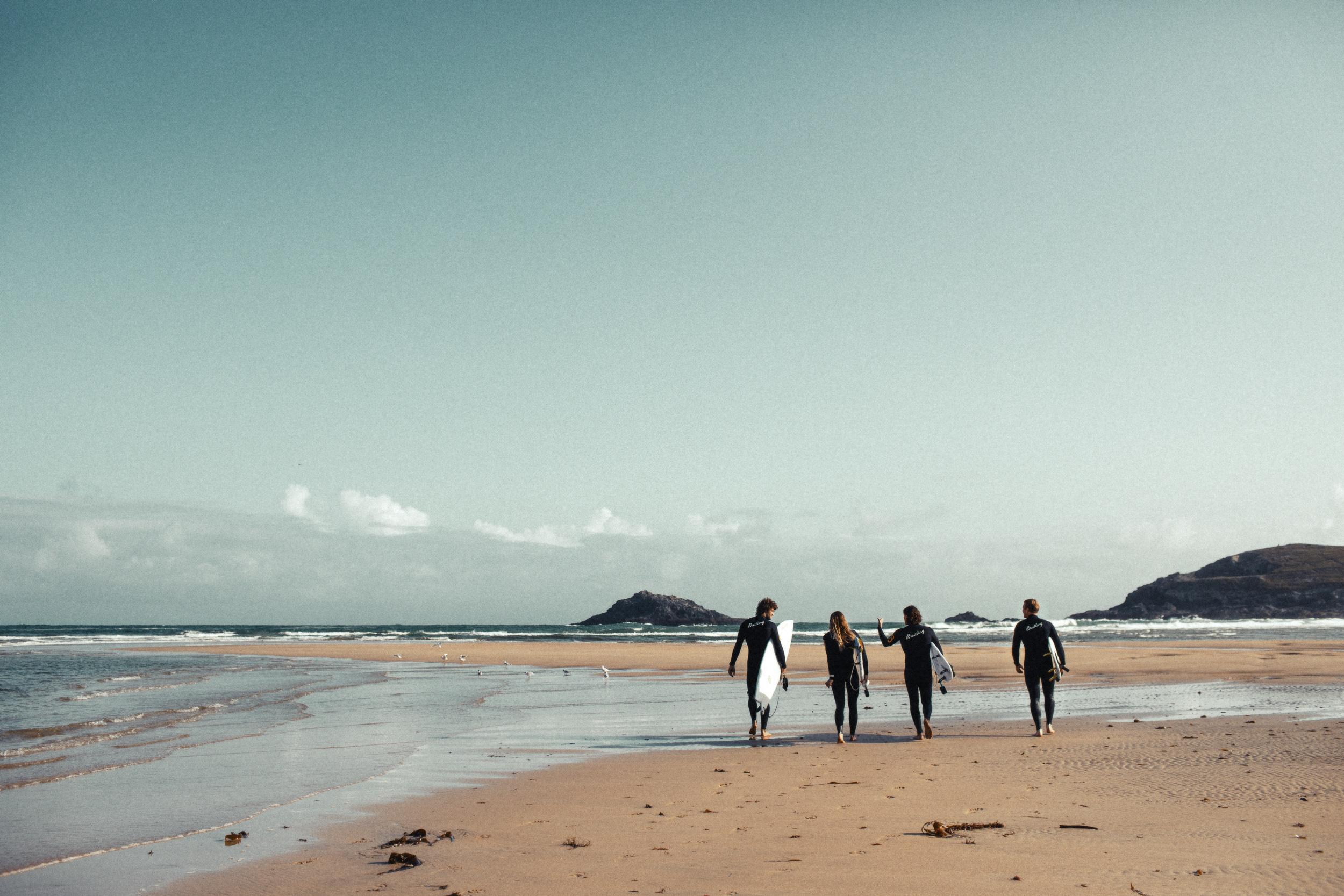 BREITLING-SURF-Finn-Beales-201.jpg