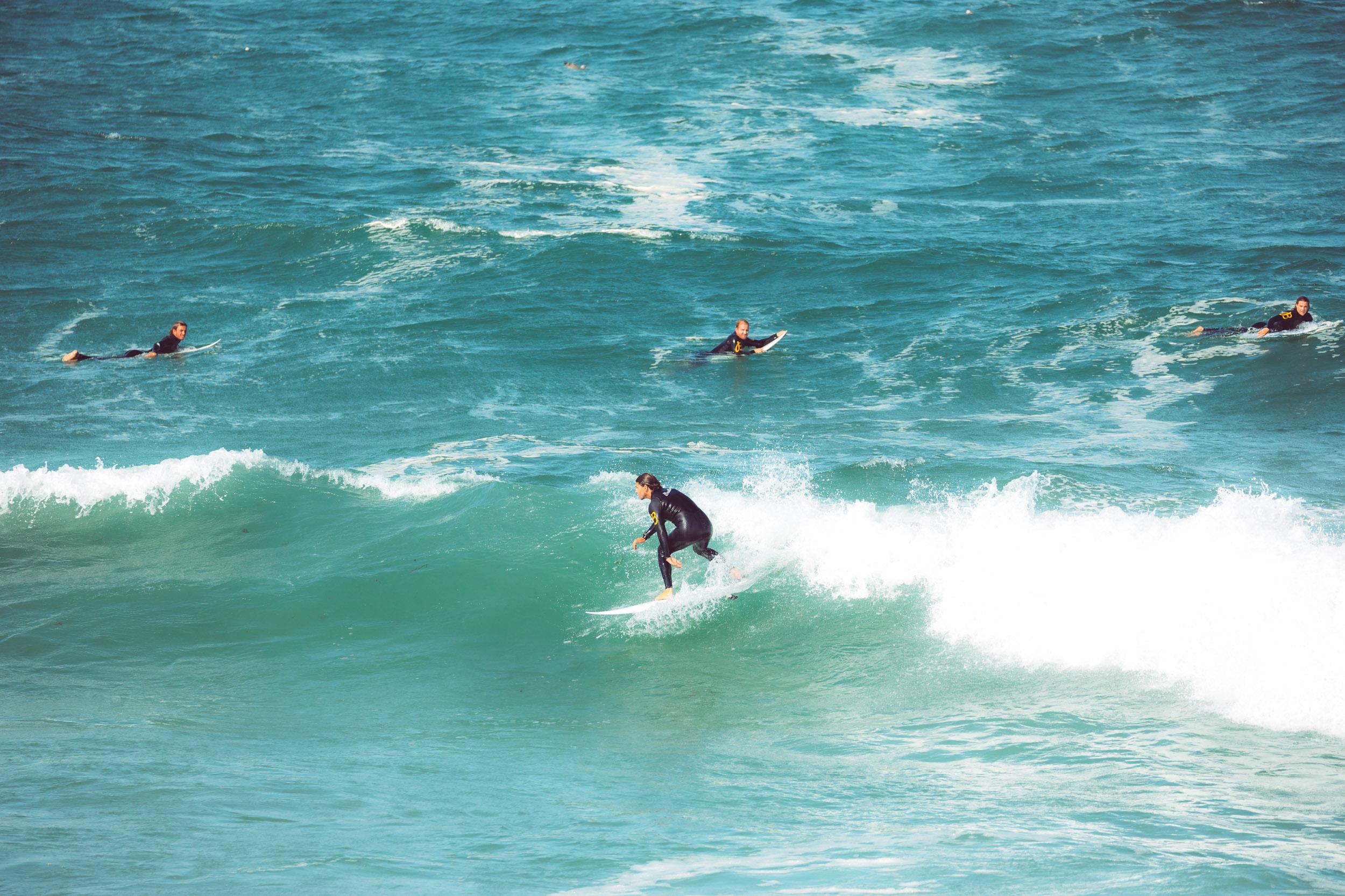BREITLING-SURF-Finn-Beales-200.jpg