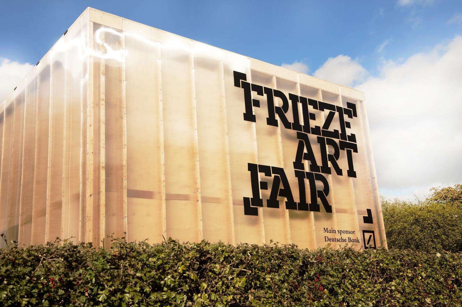 Frieze London and Frieze Masterpiece: Regents Park,2016.