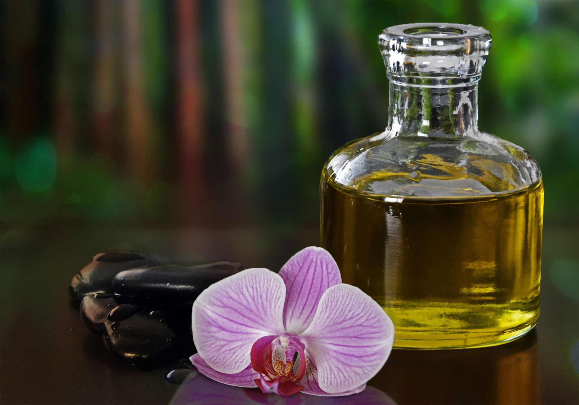 Organic Skincare Tips: 6 Wonders of Tea Tree Oil for Your Skin #Savant -