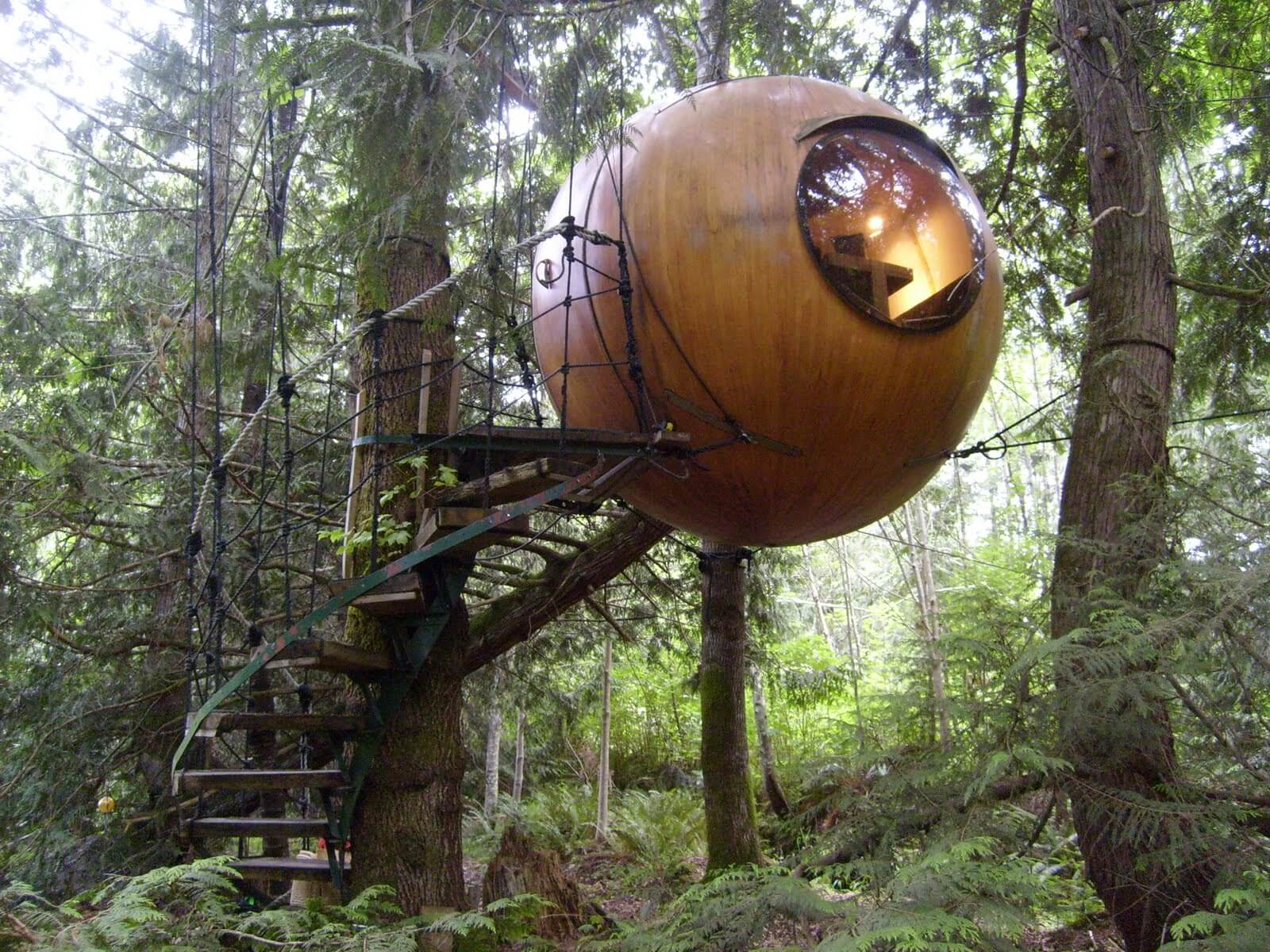 Take Your Pick on Responsible Tourism: From Silence Retreats to Remote Tree House Rentals #Savant - Image: Jennmomoftwomunchkins.com