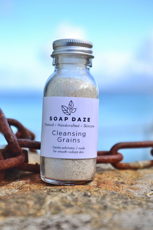 Image:  Soap Daze Exfoliating Cleansing Grains  / Find on Wearthlondon.com