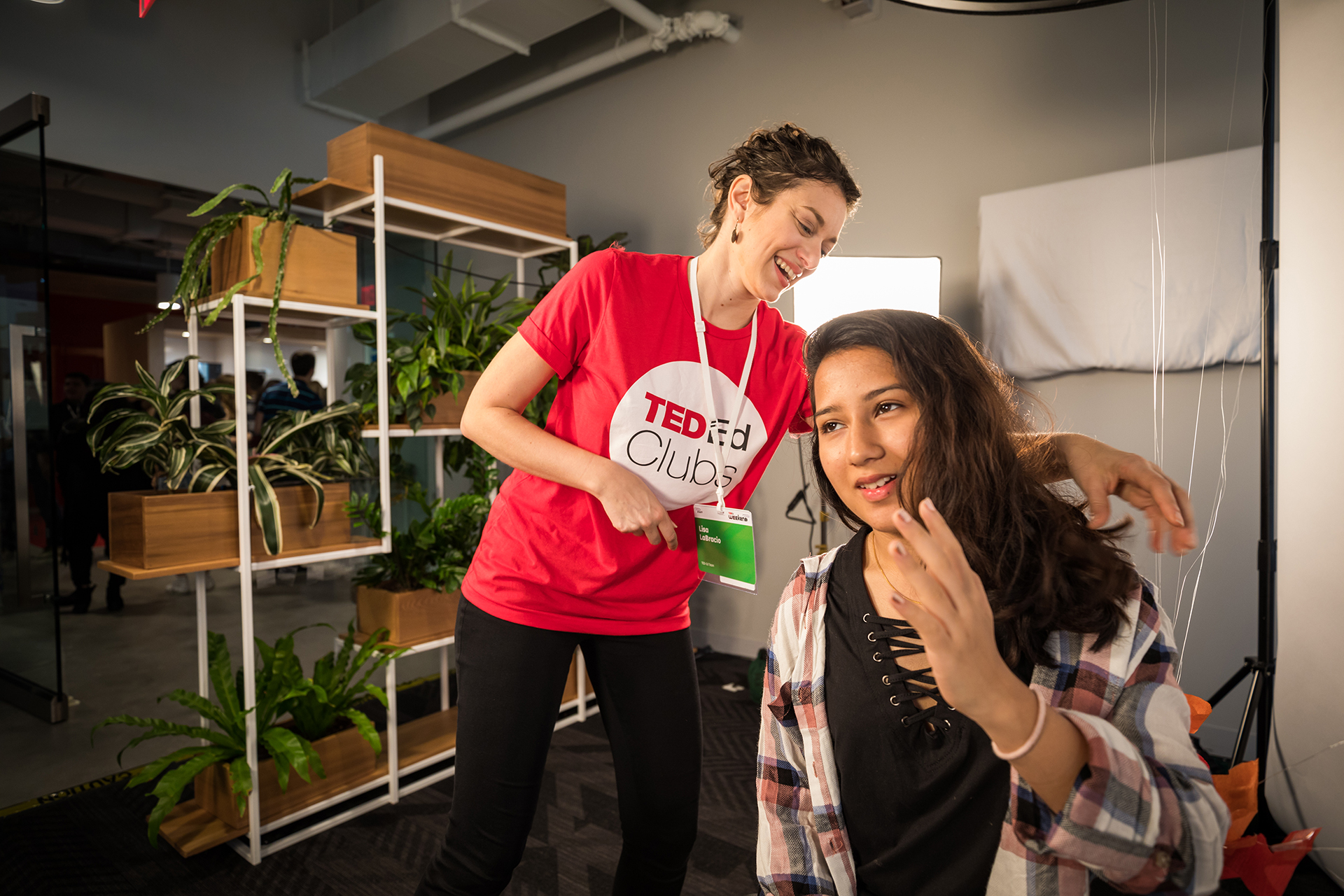 Image: Lisa LaBracio (left) at one of the TED-Ed Weekend events / Dian Lofton