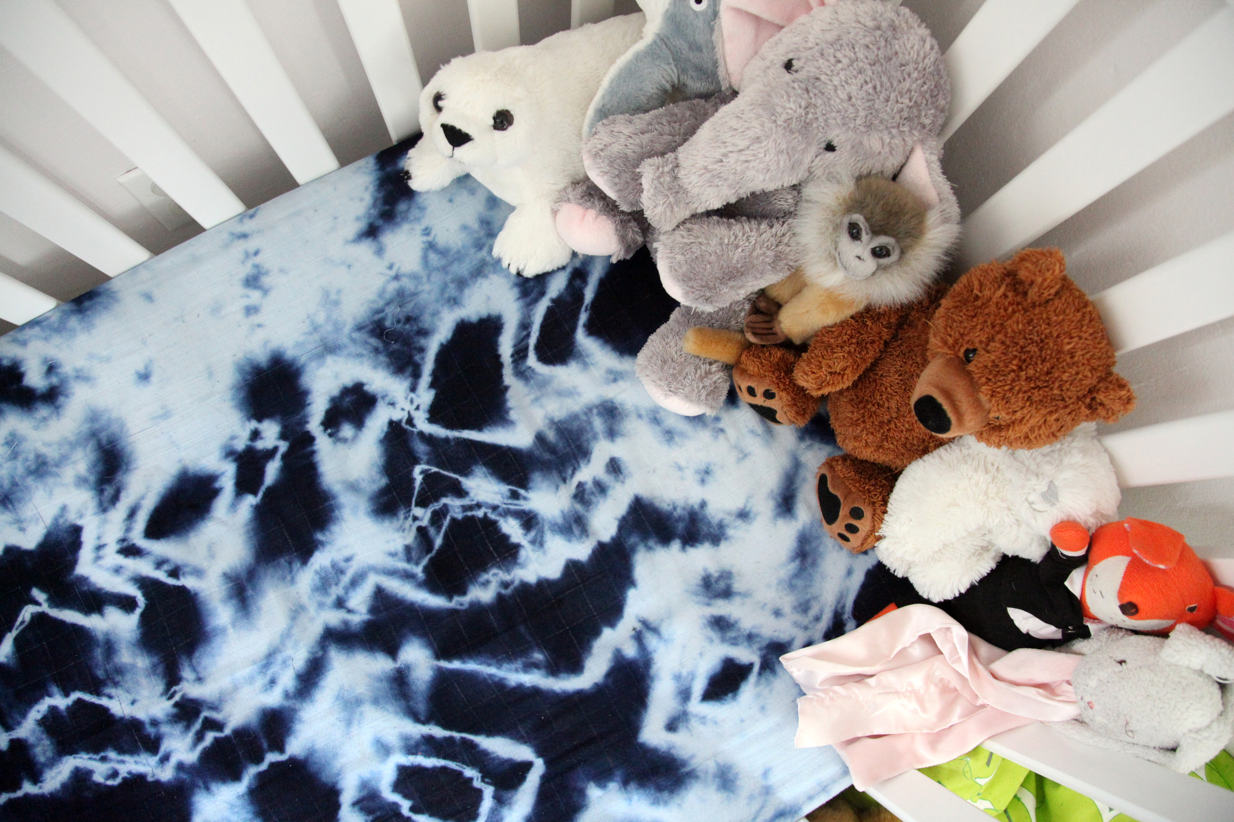 I hand-dyed the sheets.I have an Etsy shop called  Hill and Her where I sell shibori'd baby items and emoji balloons,(currently on hold due to LIFE!), but planning to reopen come winter.