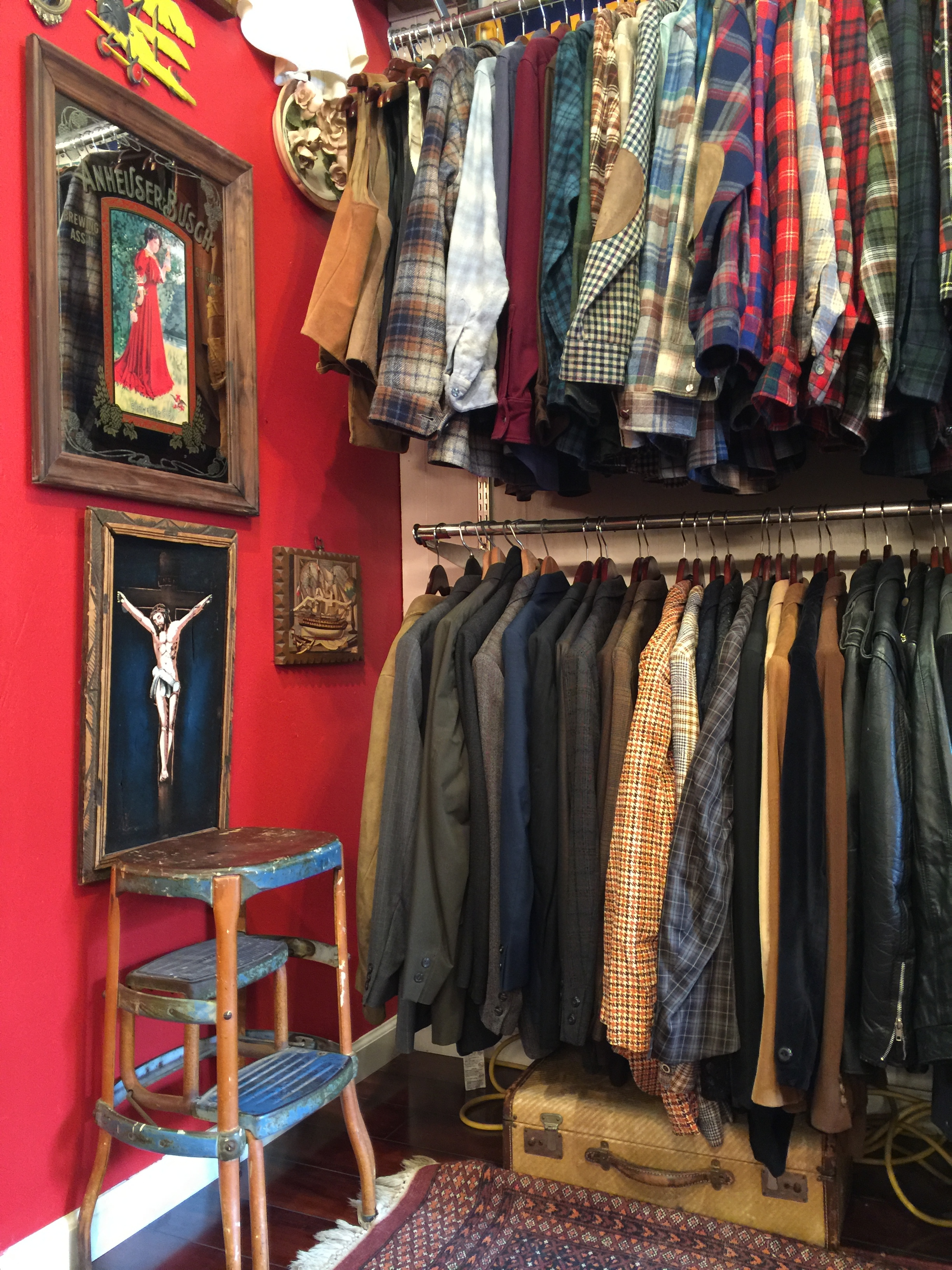 Personally obsessed with Harley Davidson, Racks has become the go-to for the largest menswear collection + motorcycle boots in midtown.