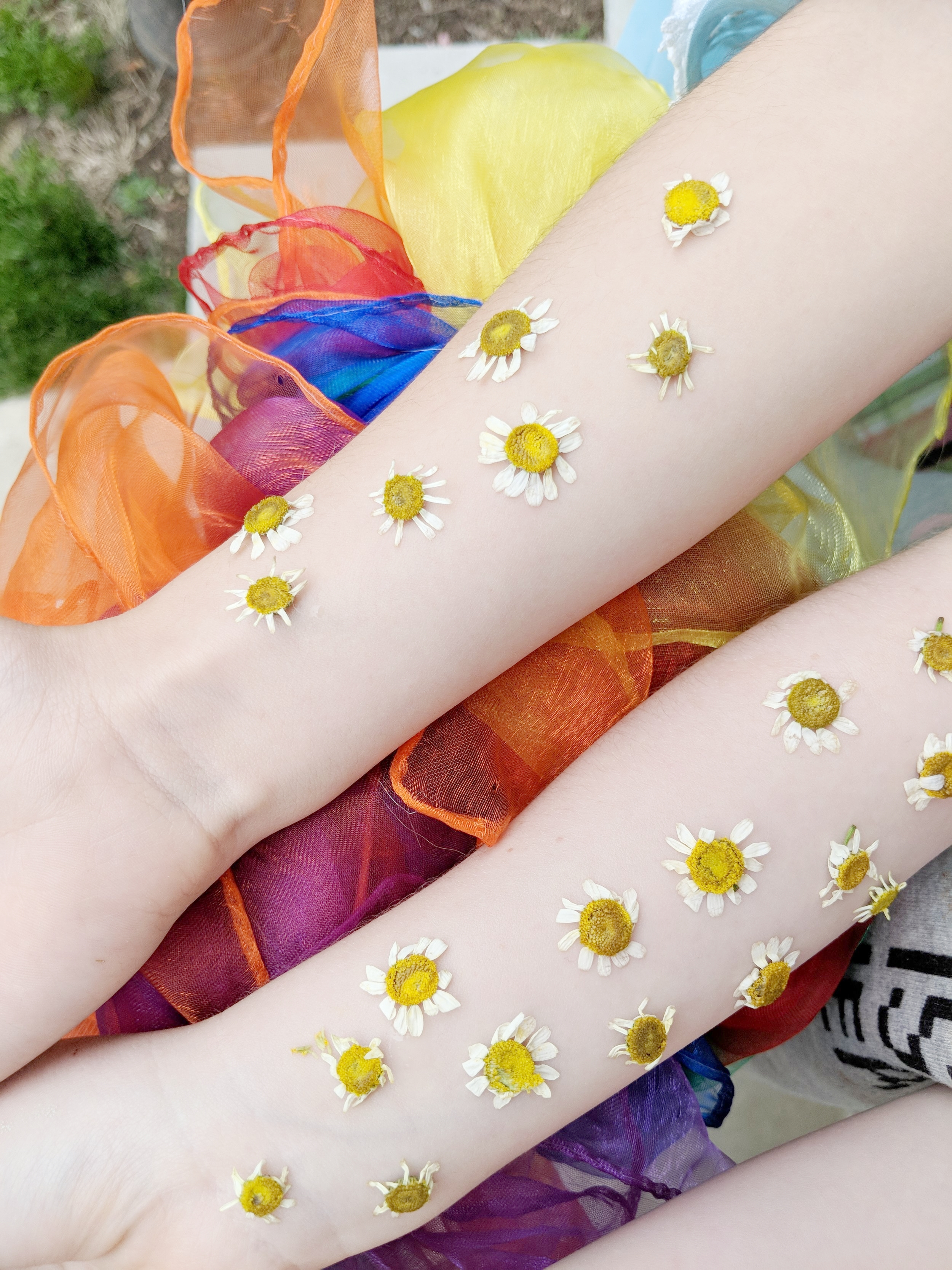 FEEL THE SPRING ON YOUR SKIN! - New and Old Duds for Little Closets...
