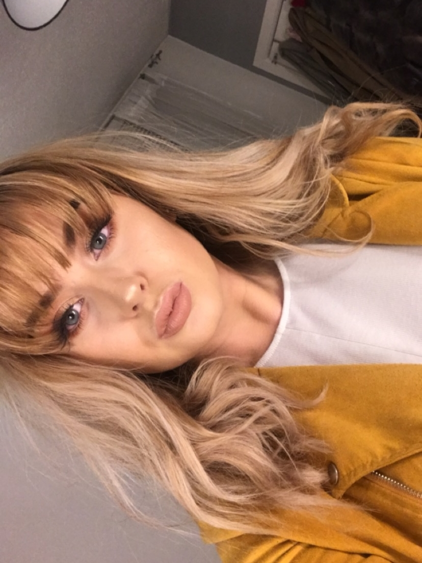 Hannah Campbell - I'm currently in my second year studying for my Music Business HND at Edinburgh College while managing a four piece Edinburgh indie riff rock band called Whitehill Grove. I'm also currently on the development team for the brand new female driven networking event,