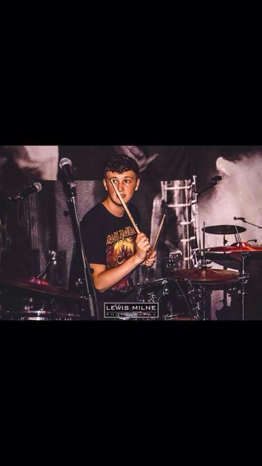 John James Huskie - Currently studying Music Business at the University Of Highlands and Islands, doing A&R work for Vadana Records and touring with various artists, I am looking forward to a future career in the Music Industry!