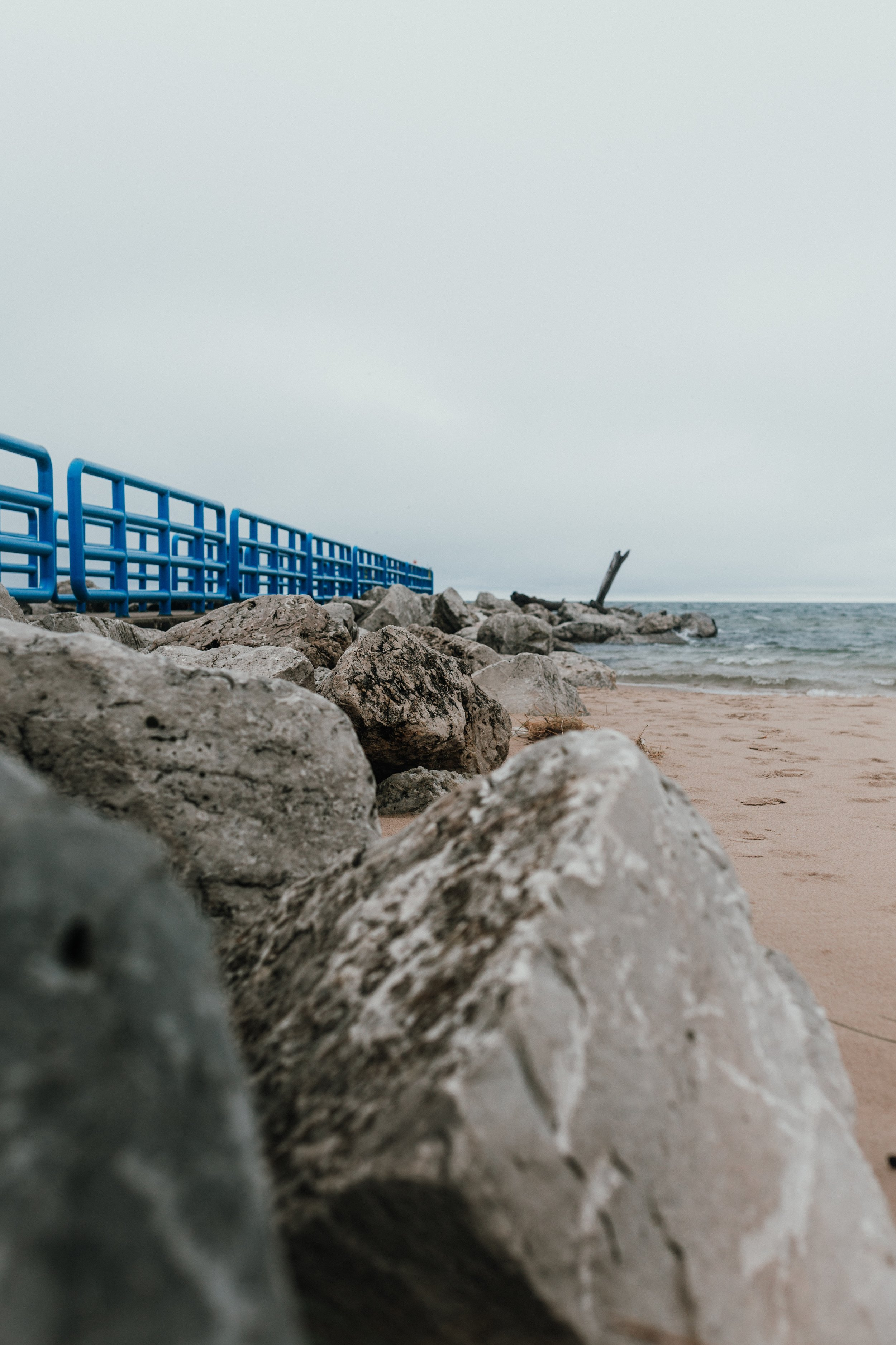 Lake Michigan Photo by  Carissa Weiser  on  Unsplash