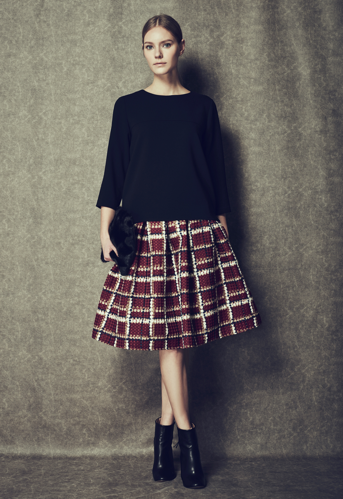 Back Zip Top & Embossed Grid Skirt