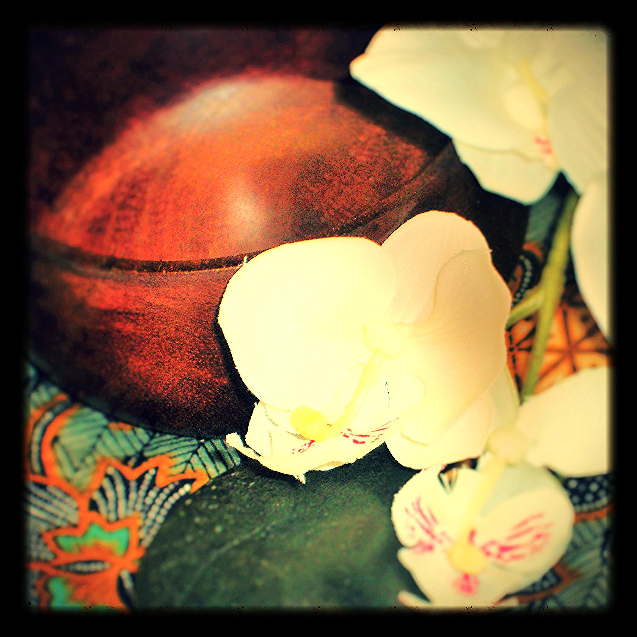 Traditional Style Lomilomi massage