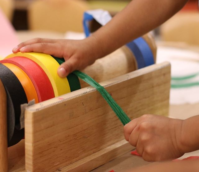 Make a car track, a table top, a growth chart, or wall art with colorful and sticky washi tape!⠀⠀⠀⠀⠀⠀⠀⠀⠀ .⠀⠀⠀⠀⠀⠀⠀⠀⠀ .⠀⠀⠀⠀⠀⠀⠀⠀⠀ .⠀⠀⠀⠀⠀⠀⠀⠀⠀ .⠀⠀⠀⠀⠀⠀⠀⠀⠀ .⠀⠀⠀⠀⠀⠀⠀⠀⠀ .⠀⠀⠀⠀⠀⠀⠀⠀⠀ #tape #hundredlanguages #provocations #investigations #looseparts #loosepartplay #openendedmaterials #reggio #reggioinspired #reggioemilia #play #playbased #literacy #inspire #curiouschild #letthemplay #teachersfollowteachers #teachersofinstagram #teachersofig #prek #kinder