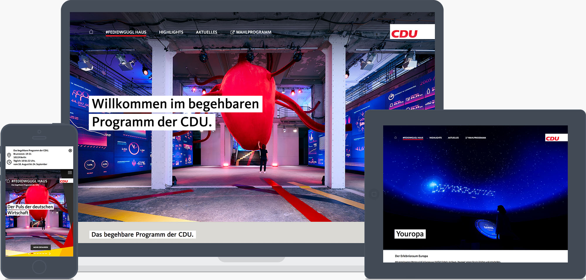 The  website  served different use scenarios: The desktop version acted as the emotional stage whereas on smartphones the focus was on being the mobile exhibition companion.