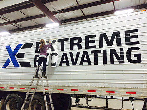 extreme-excavating-mirror-image-fleet-decals-vehicle-wrap