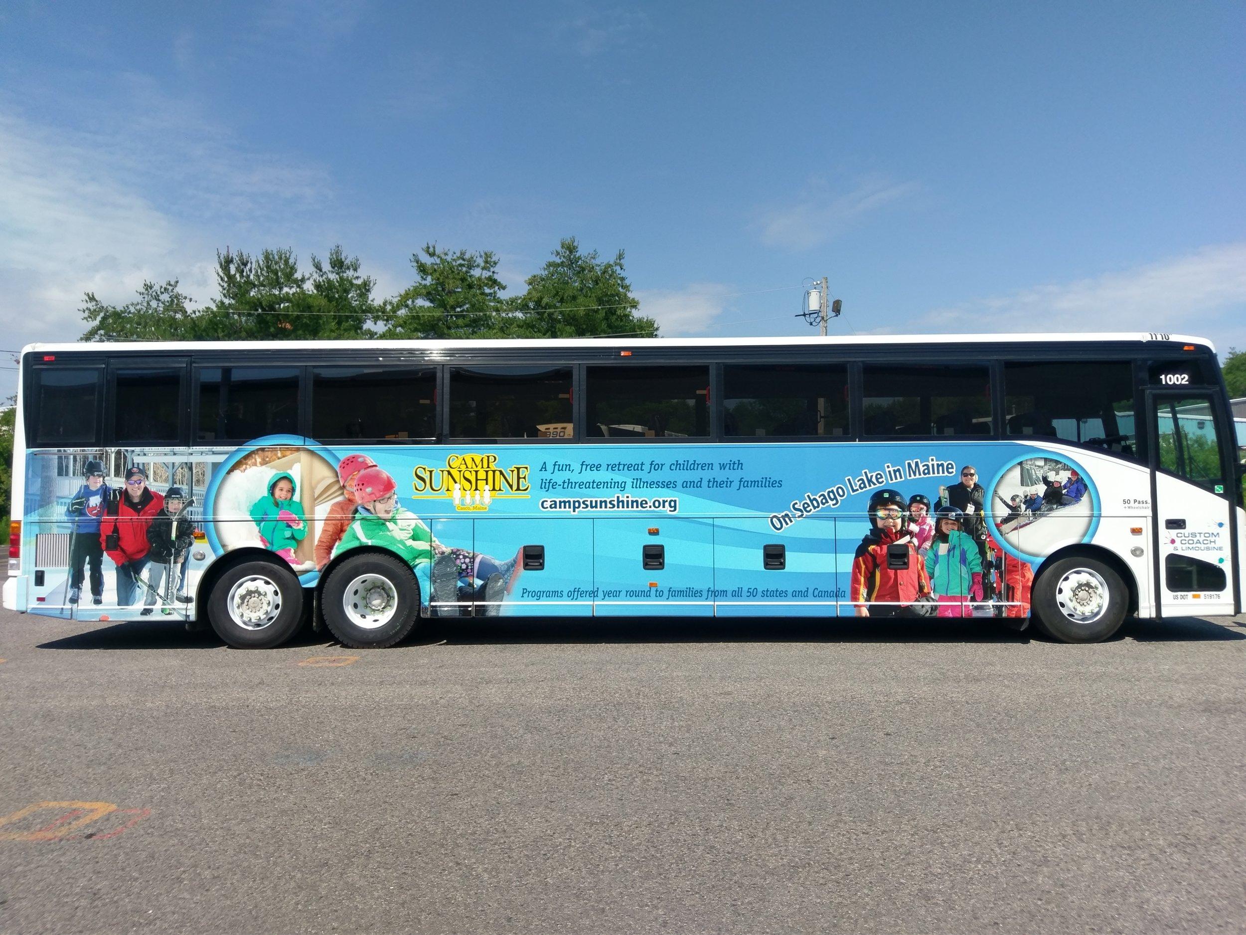 University of New England bus