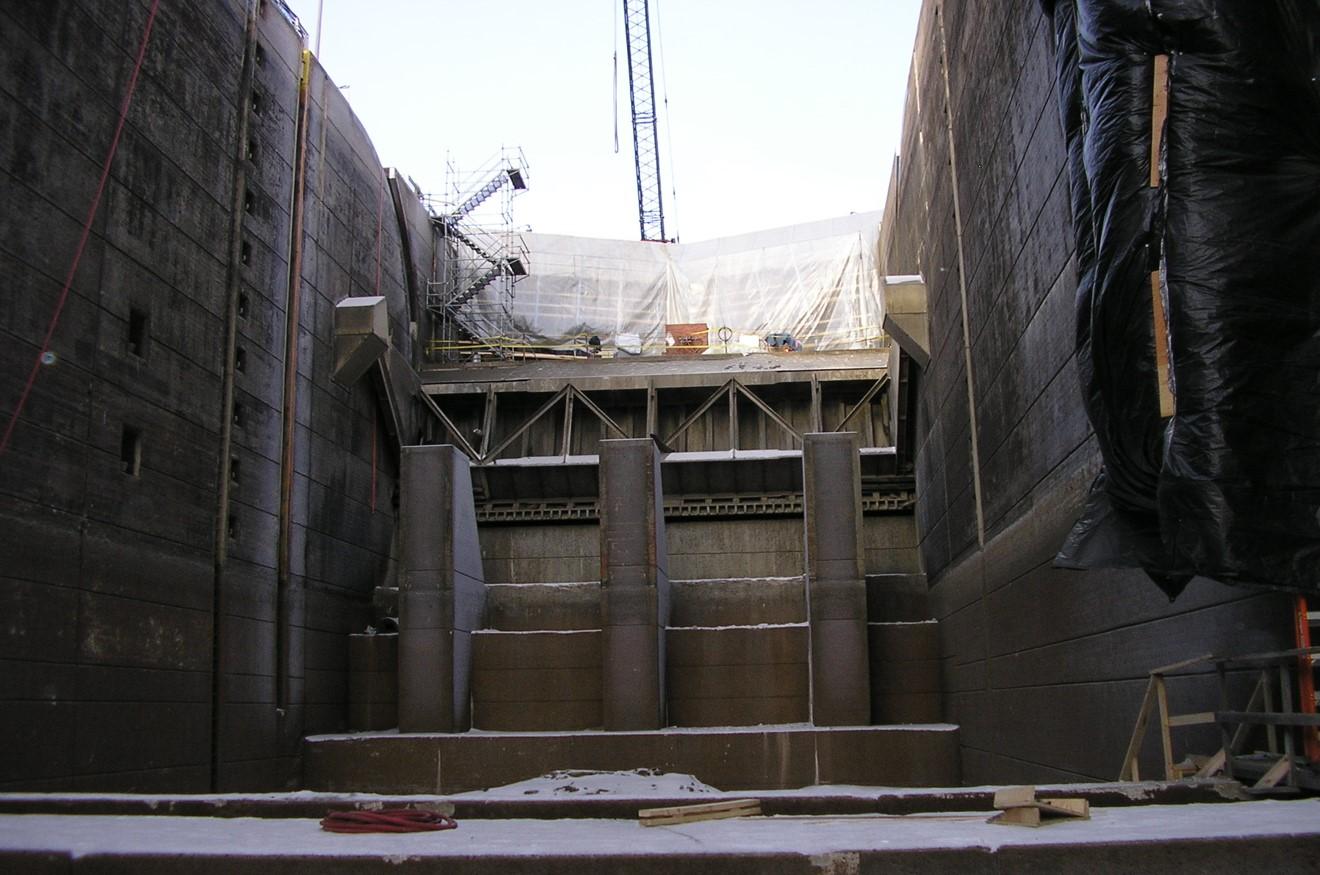 Upper St. Anthony Falls Lock Dam Construction.jpg