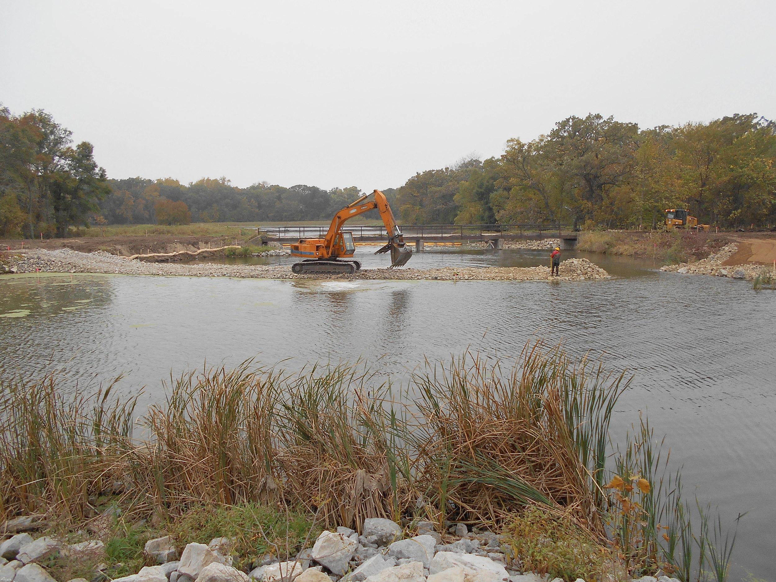 14-16 Machine on water large view.jpg