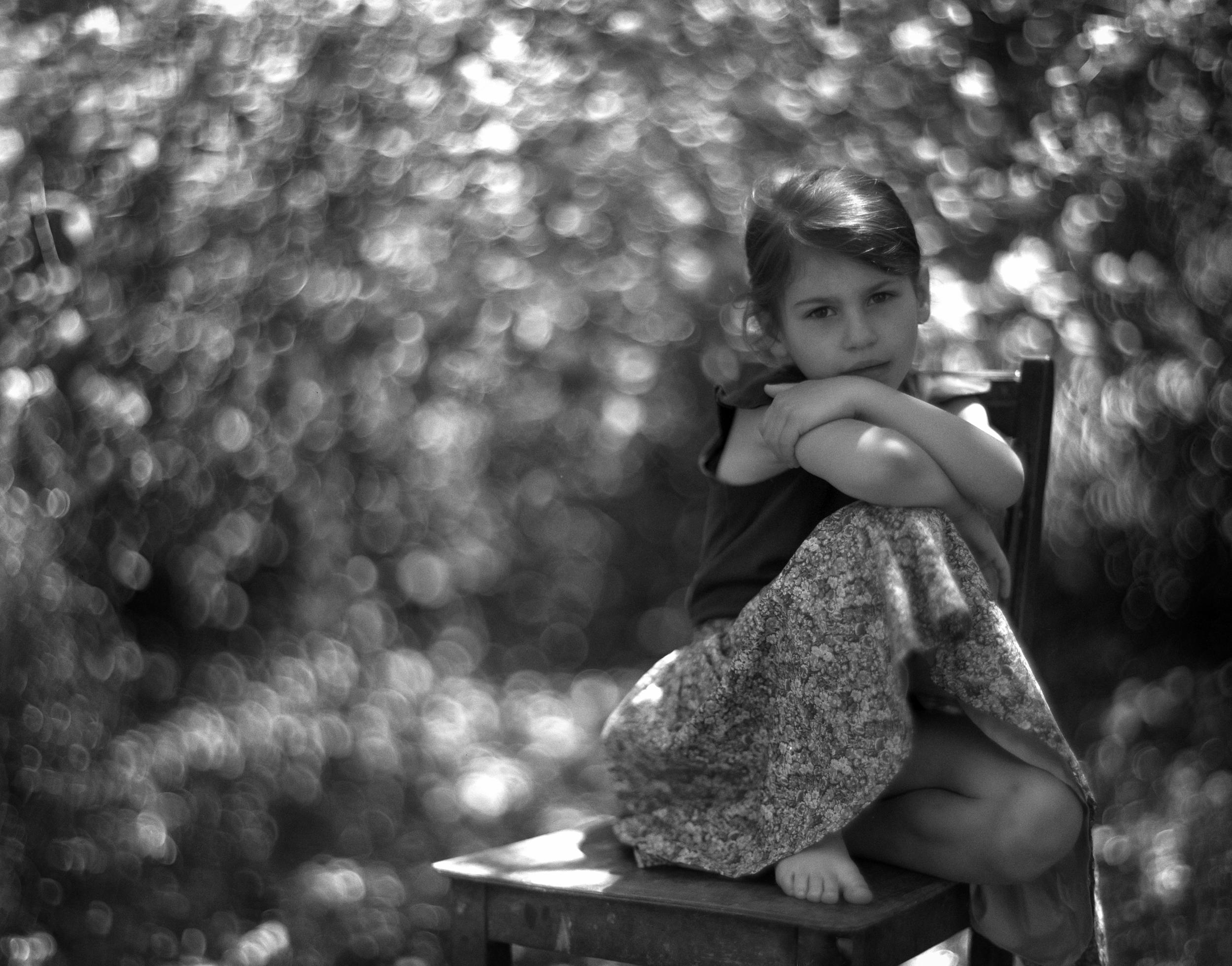 analog-portrait-kinder-fotograf aus aschaffenburg-trix400-großformat- speed graflex aero ektar 7.jpg