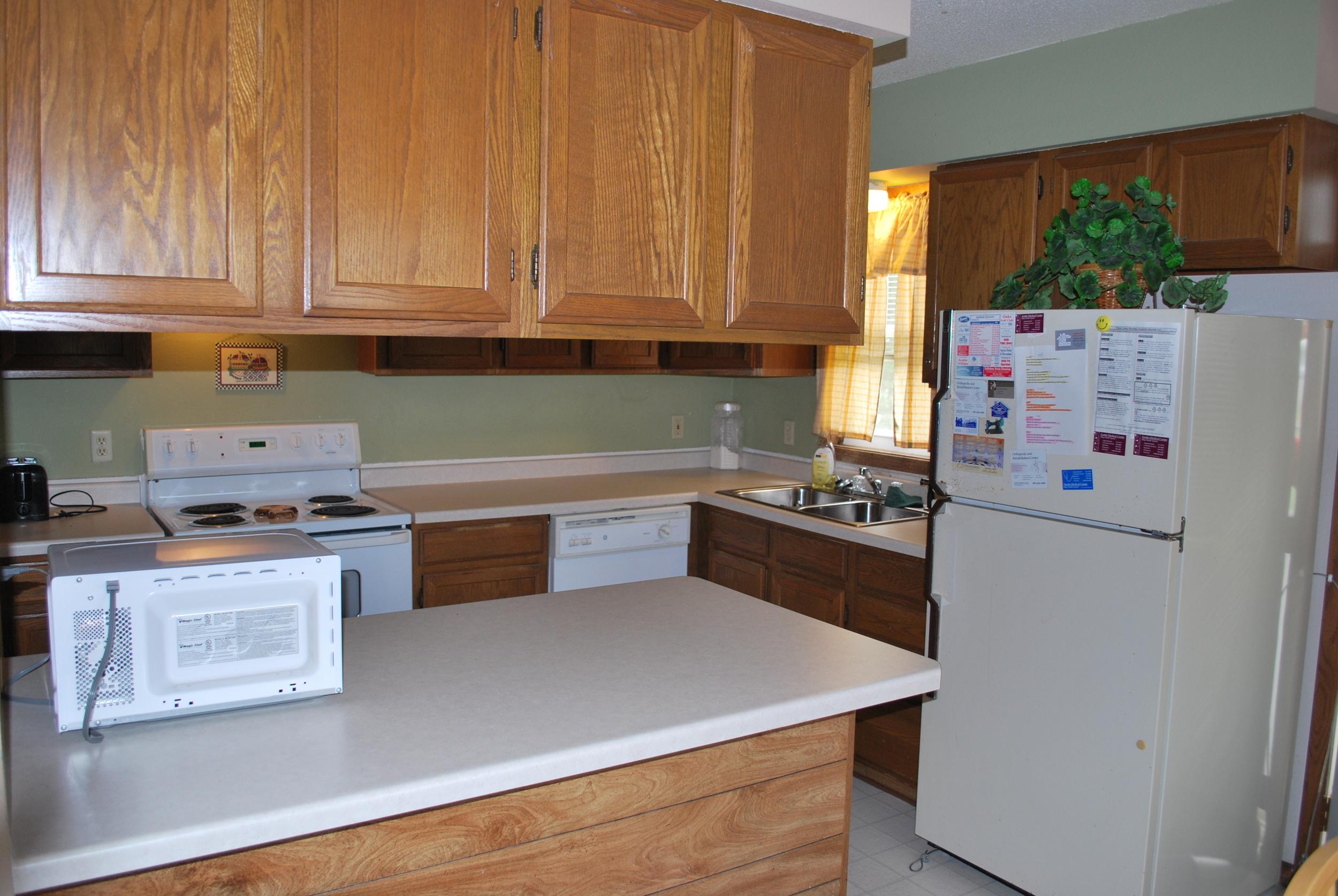 Kitchen - Austin Manor (IRTS)