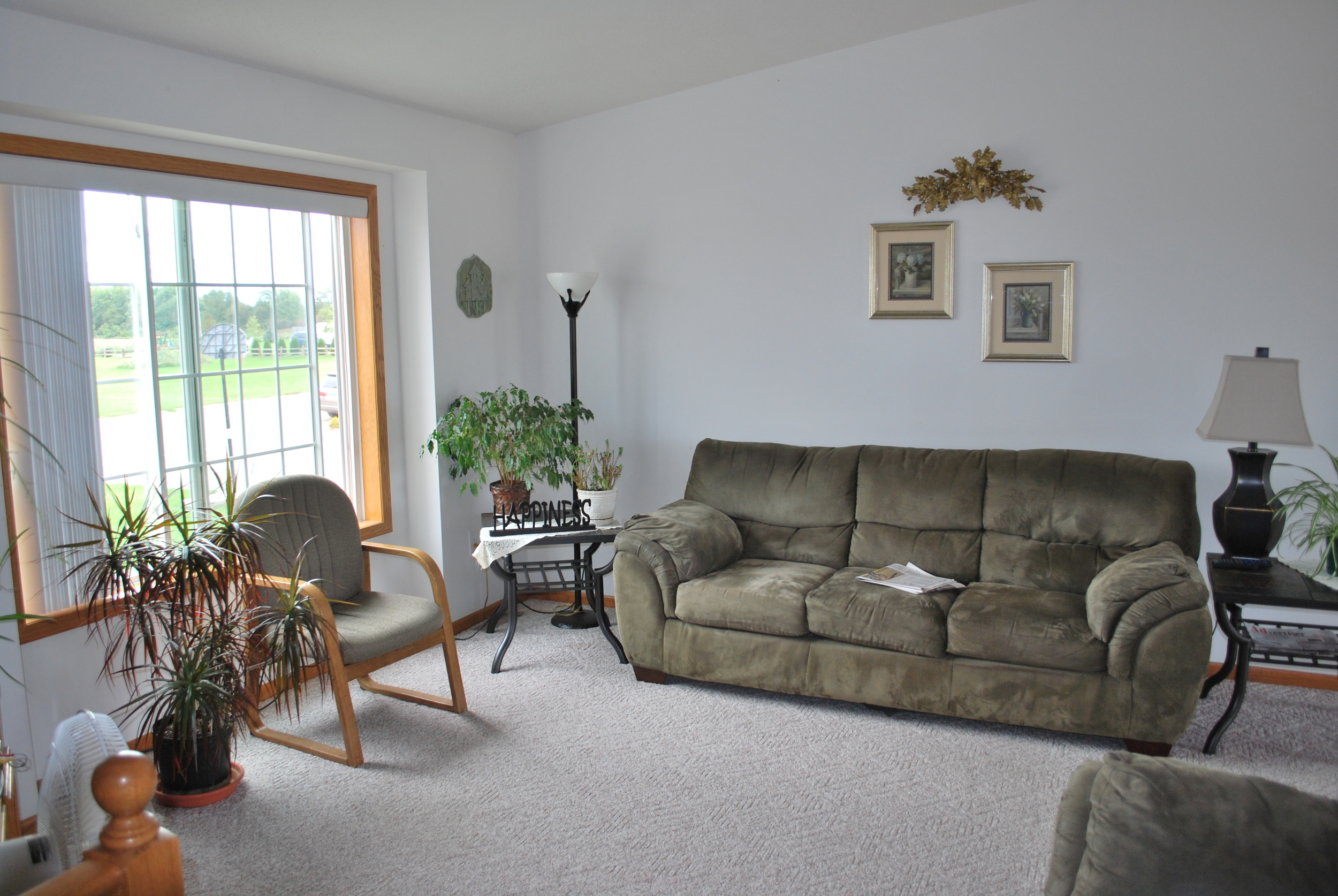 Living / Family Room - Jan's Place (AFC)