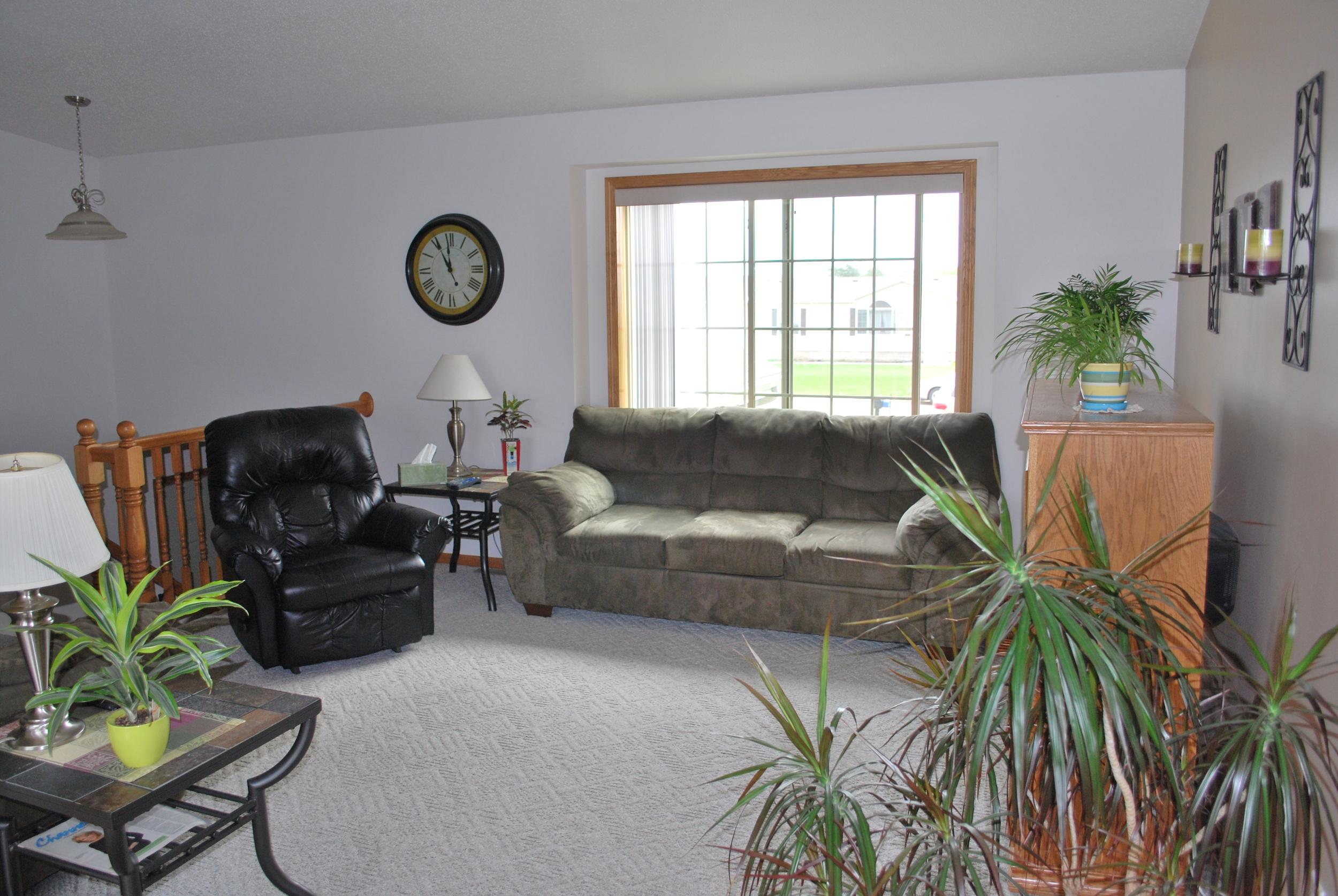 Living / Family Room - Windsor House (AFC)