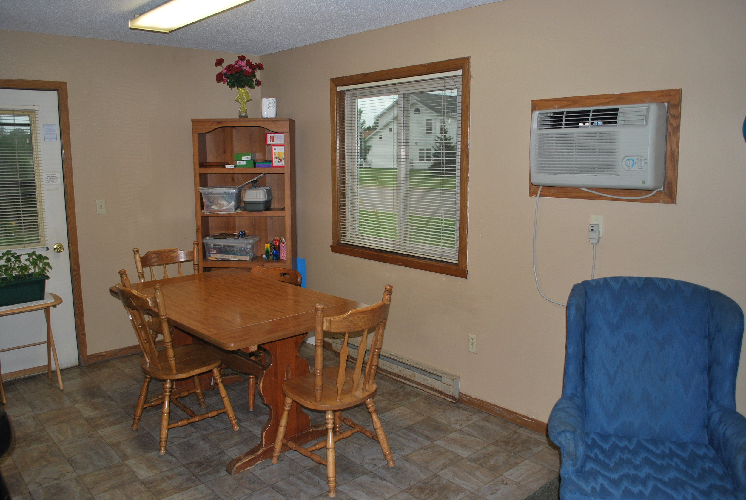Dining Area - Gull Harbour (IRTS)